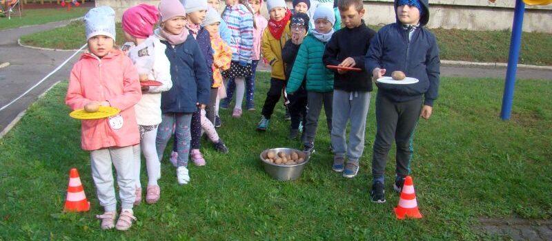 Święto Pieczonego Ziemniaka w grupie IV