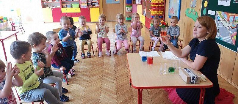 Codzienna aktywność poznawcza trzylatków z grupy I