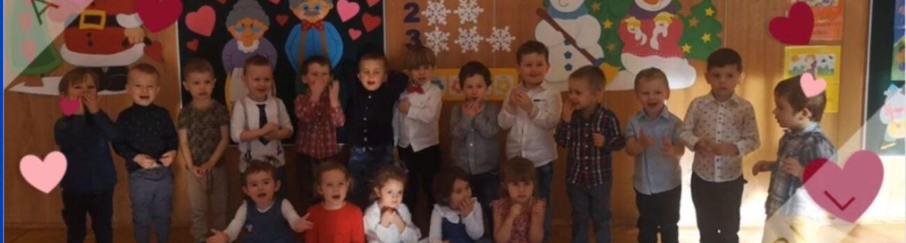 Życzenia dla Babci i Dziadka przekazane przez dzieci z grupy pierwszej